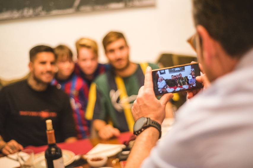 Campaña and Samu enjoyed celebrating its 65th anniversary with the Levante fan club 'La Unión'