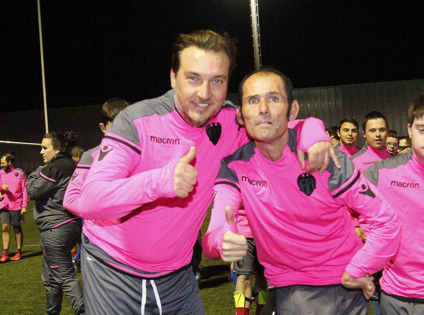 Surprise visit from Quico Catalán at the Levante UD EDI training session