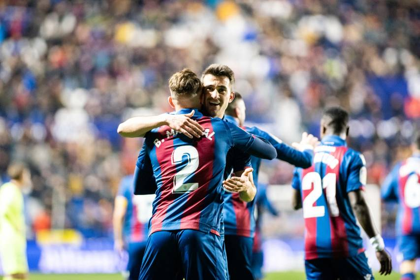 Gallery: Photos of Levante UD's great victory over Barcelona in the King's Cup