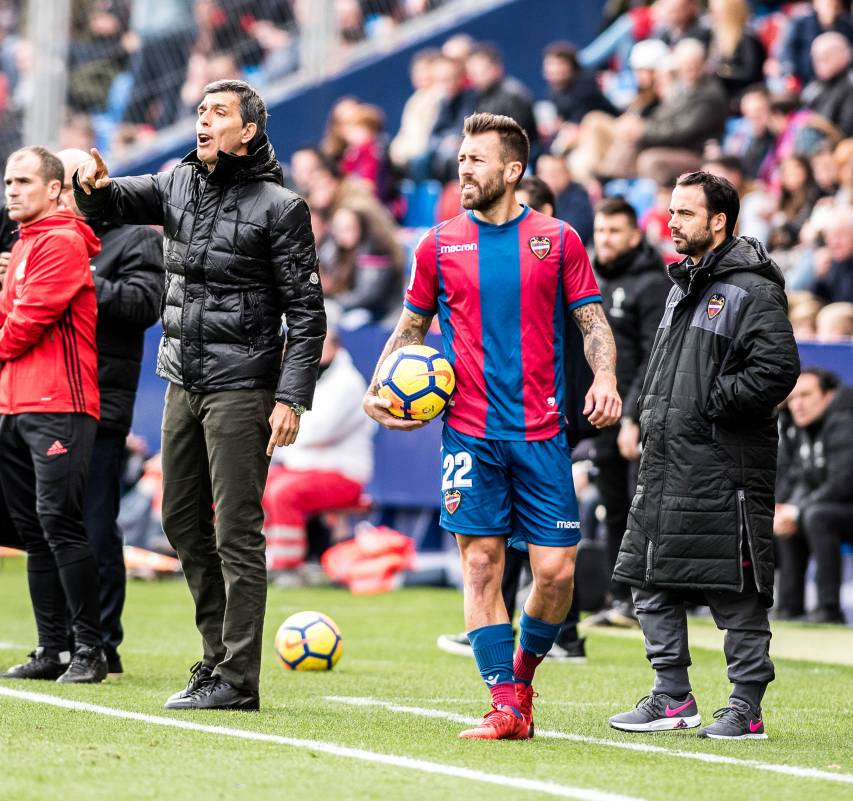 Don't miss the best photos from the match between Levante UD and RC Celta