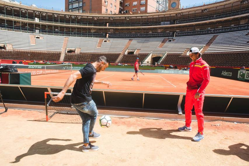 Click here for photos of the encounter with Rafa Nadal and Pablo Carreño at the training session for the Davis Cup!