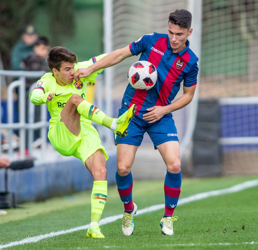 Aitor Pascual Atlético Levante UD-FC Barcelona B 2018/2019
