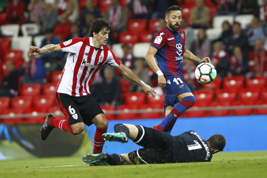 Morales marca ante el Athletic