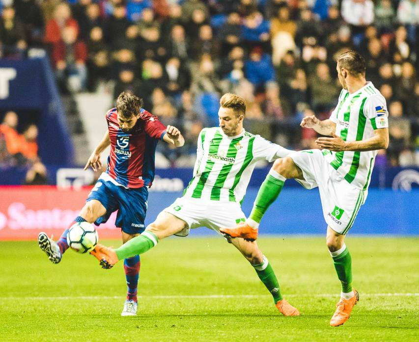 LEVANTE UD - REAL BETIS,COKE